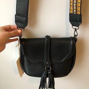 Handbags - Antik kraft black leather whit tassels